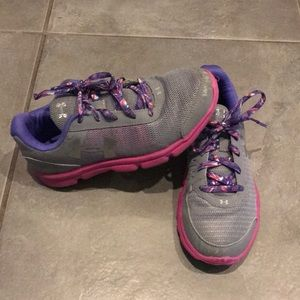 Under Armour size 3